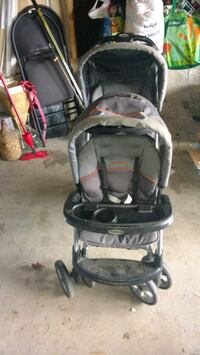 baby's black and gray stroller 616 km