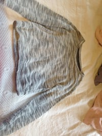 hollister sweater DOVER