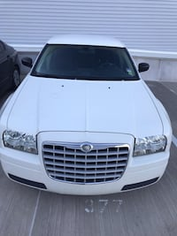 Chrysler - 300 - 2005 Fort Belvoir