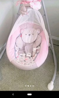 Fisher Price baby swing.. Moving sale! Lilburn, 30047