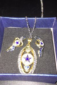 Dallas Cowboys Earrings And pendant necklace. Sterling silver Las Vegas, 89106