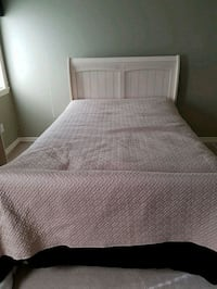 Double bed frame. Old mattress  Leduc