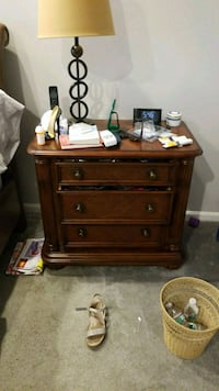 brown wooden 3-drawer chest Lake Worth, 33467
