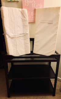 Infant changing table Manteca, 95336