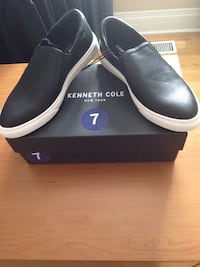 Brand New In box ladies Size 7 Kenneth Cole shoes  Toronto, M8Z 3Z7