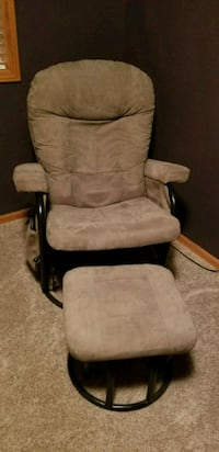 Microfiber Rocking Massage Chair Mandan, 58554