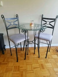 4 Piece Glass Dining Set - Good Condition Brampton, L6T 2E8