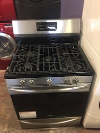 Brand New scratch and dent stainless steel gas stove 5 burners Baltimore, 21230