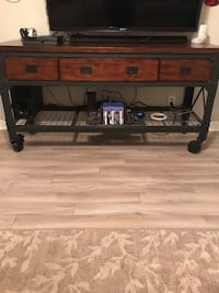 Black and brown wooden table Chandler, 85225