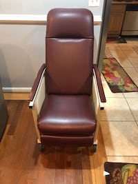 Reclining Medical Chair Oxon Hill, 20745