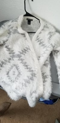 White and silver sweater Westminster, 80021