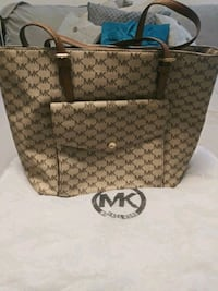 brown and black monogrammed Michael Kors leather tote bag Greer, 29651