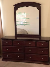 Bedroom Set - 2 night stands and dresser with mirror Mississauga, L5M 8A1