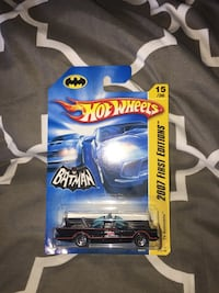 BATMAN 2007 BATMOBILE 1966 TV SERIES HOT WHEELS - 15/36 - 1:64 SCALE