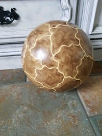 Giraffe ceramic ball decoration Maple Ridge, V2W 2B4