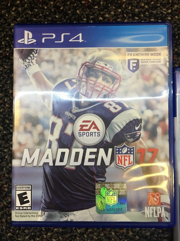 Madden PS4 bundle  089cf188-a90e-44e7-b216-0ba9cc796274