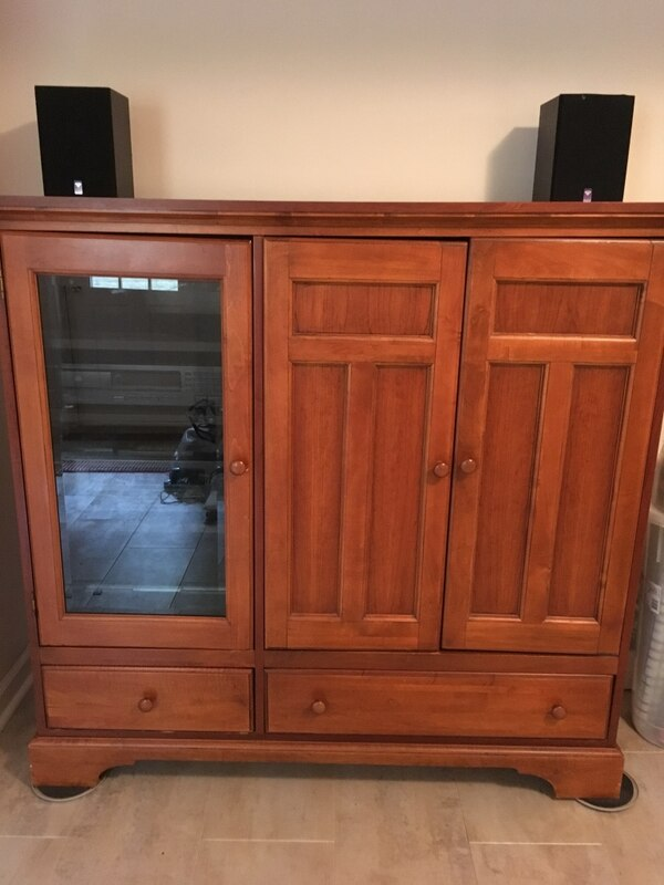 Solid wood entertainment center a4bf60a4-8109-457b-8ce9-f82101680d51