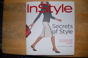 Instyle: Secrets of Style (New)