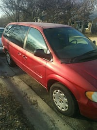 Chrysler - Town and Country - 2001 Kansas City, 64132