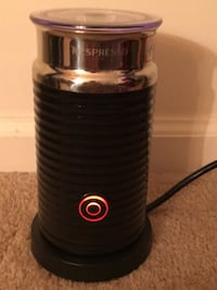 Nespresso Milk Frother, excellent condition,