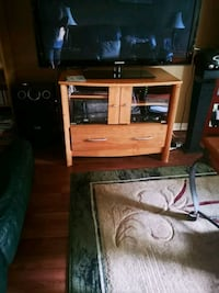 TV STAND ENTERTAINMENT UNIT Ajax, L1T 3L8