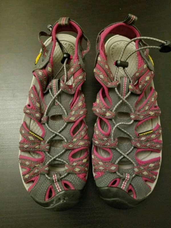 908bd0695235 Used Keen Newport H2 Hiking Sandals for sale in Jersey City - letgo