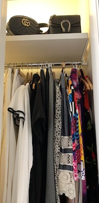 Selling everything of my closet Chicago, 60654