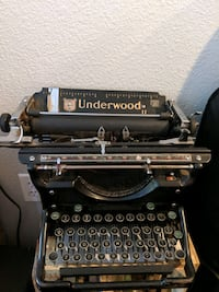 Underwood standard typewriter