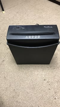 black NaviTech paper shredder Arlington, 22207