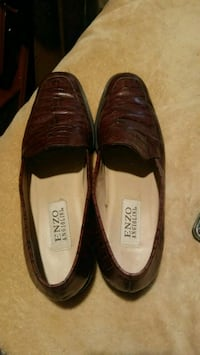Size 10 shoes Wooster, 44691