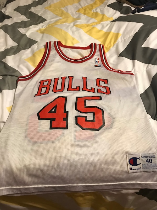 sports shoes 4c6d2 3220c white and red Chicago Bulls 45 Michael Jordan Champion basketball jersey  shirt