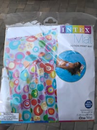 Pool blow up mat new in package  Chino, 91708