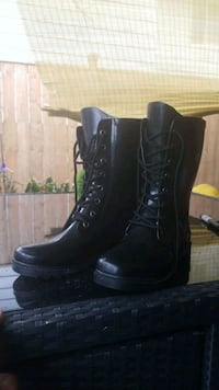 Ladies Boots 9 St. Catharines, L2M 7Y9