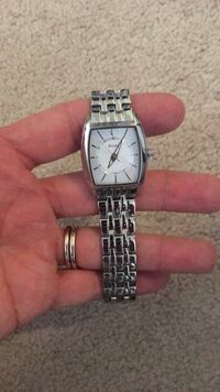 square silver-colored analog watch with link bracelet Glen Mills, 19342