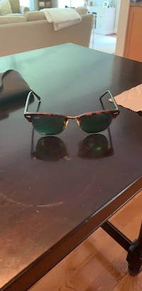 green ray bans (price negotiable) Vienna, 22182