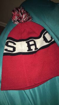 red and white knitted beanie Avondale, 85323