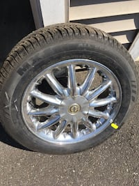 2003 Chrysler Sebring limited tire and wheel new (1) Milford, 06461
