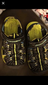 black-and-yellow Adidas low-top sneakers Tulsa, 74133