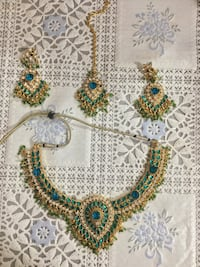 Green necklace with tikka and earrrings Toronto, M1P 3R4