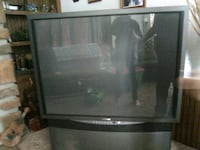 Samsung projecter tv $200 or best offer 210 mi