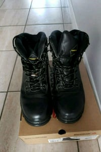 Terra size 12 safety shoes Brampton, L6S 1Y2