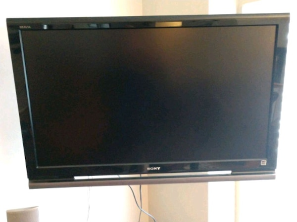 "42"" Sony Bravia 1080p HD Flat Screen"
