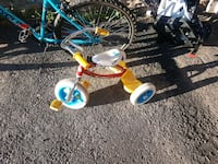 toddler's blue and yellow bicycle Mont-Royal, H3R 3L8