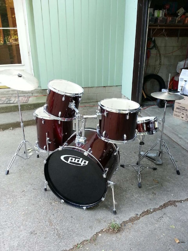 used drums percussion pdp for sale in springfield letgo. Black Bedroom Furniture Sets. Home Design Ideas