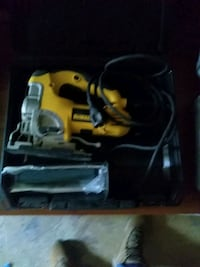 Jig saw DeWalt plus 25 new blades Front Royal, 22630