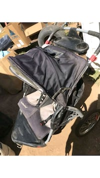 baby's black and gray jogging stroller Beaumont, 92223