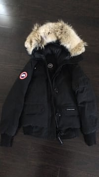 Canada goose jacket size extra small. One-year-old still have a receipt Mississauga, L4Z 2L9