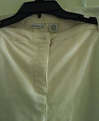 white and black Nike shorts Germantown, 20876