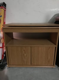 Tv stand with swivel top Las Vegas, 89148