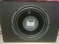 Subwoofer and amp together dual Las Vegas, 89101